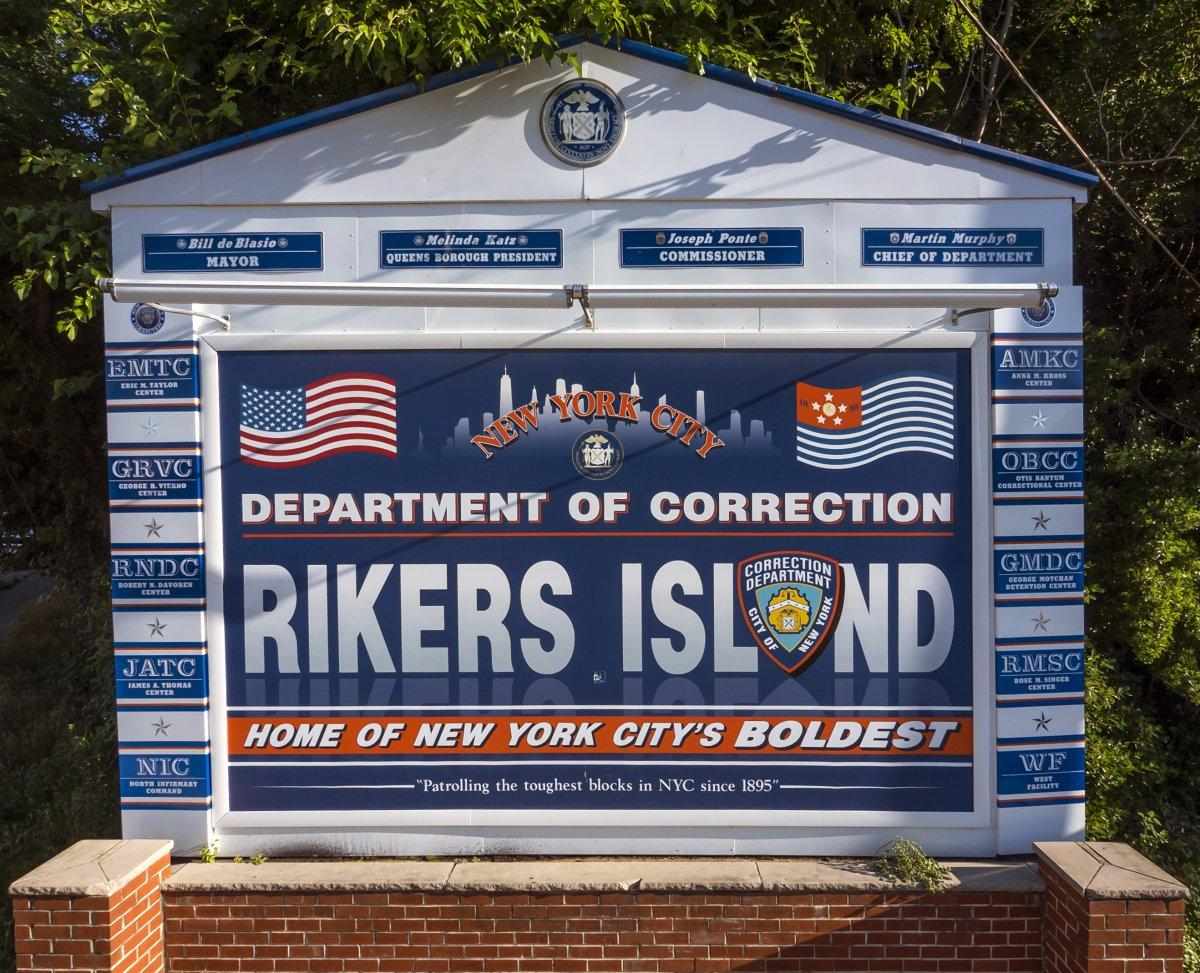 EXCLUSIVE: Medical staff afraid to treat Rikers Island's
